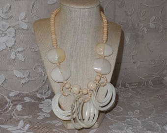Vintage Mother of Pearl Necklace-Choker-Natural Materials-Sphere-Rings-Statement Fashion Jewelry-Retro Style-Orphaned Treasure-T110117U