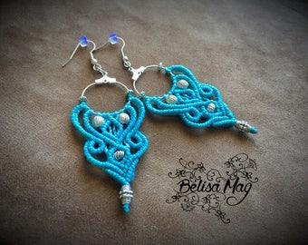 Macrame earrings, boho earrings, hippie earrings, tribal gipsy jewelry, blue earrings, Belisamag, arrow earrings.