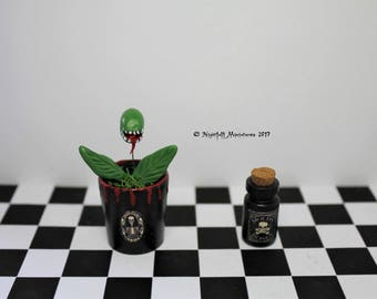 Playscale Dollhouse Miniature Witchy Spooky Gothic Creepy Plant in 1:6