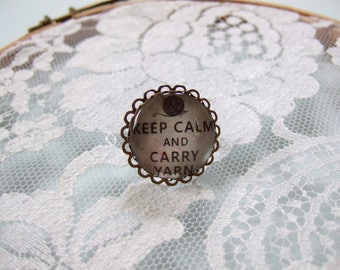 """Keep calm and carry yarn"" round cabochon ring"