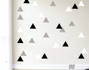 Triangle Wall Decals. Geometric Decals. Wall Decor. Black and White Decals. Livingroom wall decal. Wall sticker. Home decor decals.