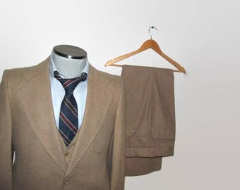 1970s COUNTRY SQUIRE Three Piece Suit 38 Long, 3 Piece Suit 38 Tall, Vintage Wedding Suit, 70s Vintage Mens Suit, Union Made In Canada