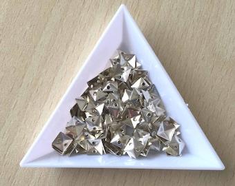 5 mm silver pyramid metal glitter in bulk