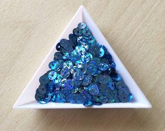 hologram sequin light blue 5 mm in bulk