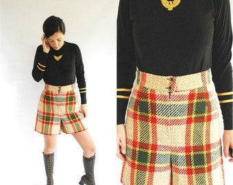 SALE 25% Off 60's Plaid Shorts - High Waisted Wool Shorts - Size S/M