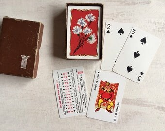 Vintage 1947 Deck of Playing Cards With Flowers