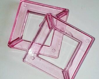X 1 large Pearl Pink translucid square 35mm