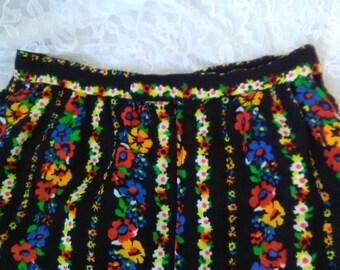 Vintage 70s Maxi Skirt XS Black Floral