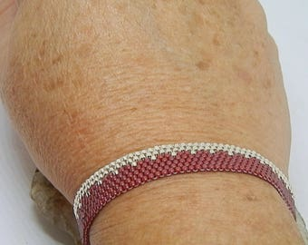 Weaving needle Burgundy and silver bracelet