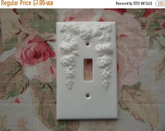 On Sale10% New! Rose Floral Swag with Drops & Bows Single Toggle Switchplate Cover