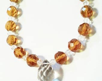 Beautiful 1950s crystal amber and clear faceted glass bedaed necklace