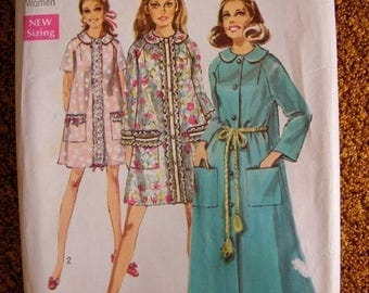 ON SALE 35% OFF Misses' Vintage Robe / House Coat Uncut 1960's Mid Century Simplicity Sewing Pattern 8458