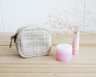 Cosmetic Purses Hand-woven Natural Color Hemp Small size.