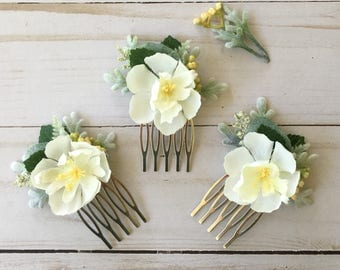 Small Bridal Flower Comb, Ivory Rose Hair Comb, Boho Bridal Comb, Floral Braid Clip, Bridal Shower Flower Comb, Ivory Floral Wildflower Comb
