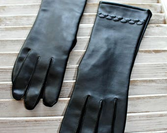 Vintage. Black gloves. Nice gloves!! Riding gloves. 1950s.