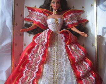 Happy Holidays Barbie Brunette Mattel 1997 NIB