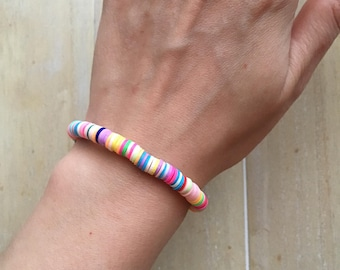 Happy summer bracelet with colorful polymere clay discs