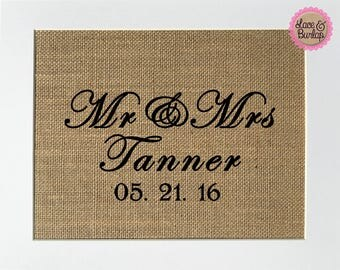 UNFRAMED Mr & Mrs / Burlap Print Sign 5x7 8x10 / CUSTOM Rustic Vintage Wedding Gift  Anniversary Gift Valentines Gift Wedding Date Sign