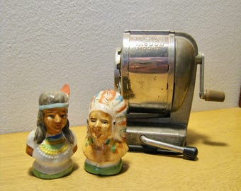 Native American salt and pepper set. Made in Occupied Japan. Ceramic indian chief and squaw. Vintage kitchen collectible 1940s.