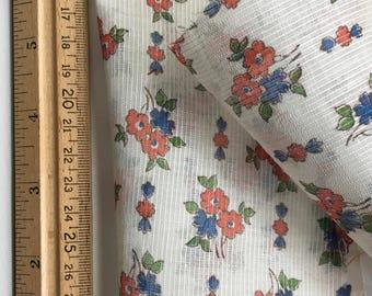Lot Vintage Cotton Dimity Sheer Floral Large Pieces Scraps - 451-B2A