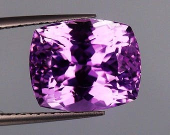 7.80ct,Cushion shape Top Luster Pink color Kunzite from Afghanistan.