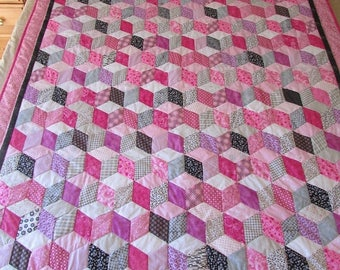 ON SALE: Tumbling Blocks Quilt, Throw Size Quilt, Amish Quilt, Patchwork Quilt, Pink Gray Black Quilt, Girls Quilt, Geometric Quilt, Youth B