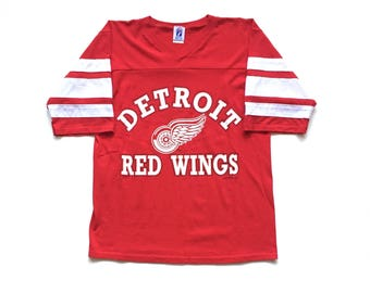 90s logo 7 Detroit redwings t shirt v neck throwback jersey size Medium made in usa