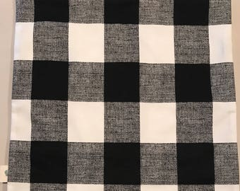 """18"""" black and white checked pillow cover"""