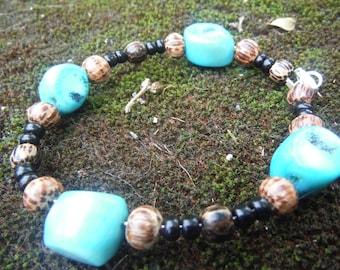 Coral bracelet, palm wood bracelet, tropical bracelet, island bracelet, island style, Coral jewelry, hawaiian bracelet