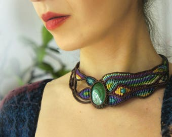 Unique micro macrame necklace with real malachite, elegant, FREE express delivery