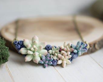 Succulent and Blueberry necklace. Woodland Necklace.  Flower necklace.  Succulent jewelry. Necklace with succulent. Terrarium necklace.