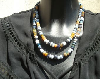 collar two rows of shades of blue and Fire opals.