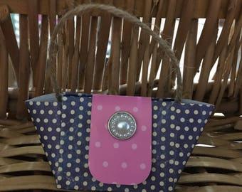 Handmade paper craft handbag lip balm holder/gift very cute hook loop fastening