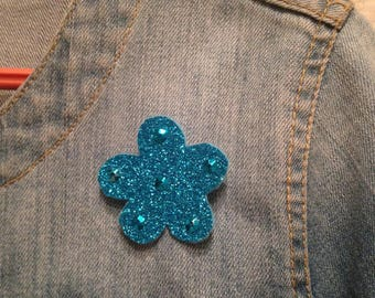 Blue sequin flower pin electric