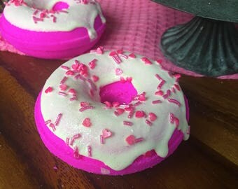 Strawberry Bath Bomb Donut Strawberry Sugar Scent Natural Handmade Bath Fizzy doughnut - Valentines Day Gift