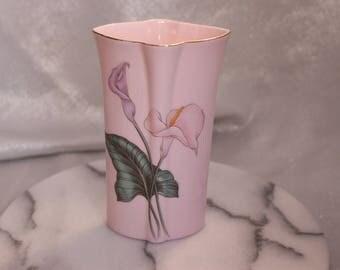 Beautiful Vintage Japanese Toyo Vase Piink Flower Vase