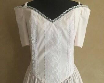 Vintage 70's Gunne Sax Cotton & Lace Dress in pale pink