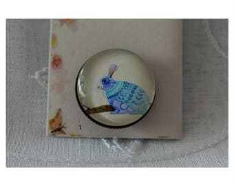 Brooches / glass cabochon brooch / embellishment jewel
