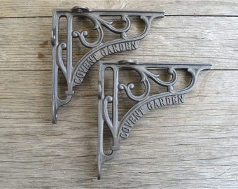 A pair of cast iron antique Victorian style Covent Garden brackets  6 inch bracket AL41