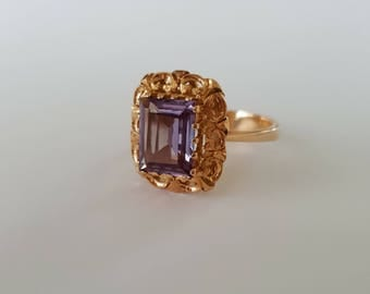 Vintage arabesque ring with colour change sapphire