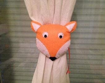 Ablaze curtain little Fox
