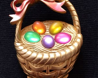 JJ Easter Basket Brooch / Pin