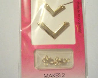 Gold jewellery making kit makes 2 necklaces with layered look design