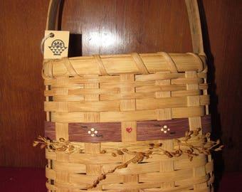 Hand-made Shaker Peg Basket