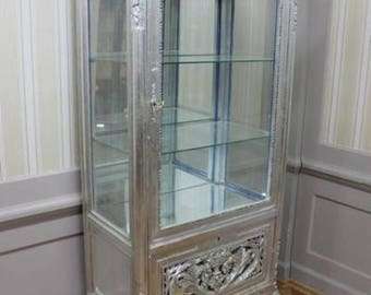 Baroque silver, display case with mirror inside