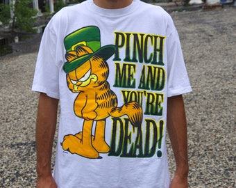 90's GARFIELD leprechaun pinch me and you're dead white t-shirt