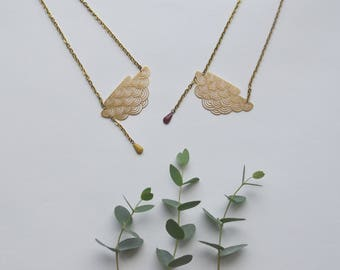 Lovely cloud in Golden brass and drop pendant necklace mustard