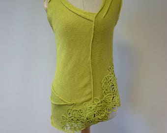 Artsy Summer fresh green linen top, M size. Only one sample.