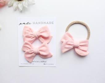 "The ""Shell"" Mini Pinwheel | Premium Double Gauze Hair Bow | Handtied Bows on Alligator Clips/Nylon Headband"