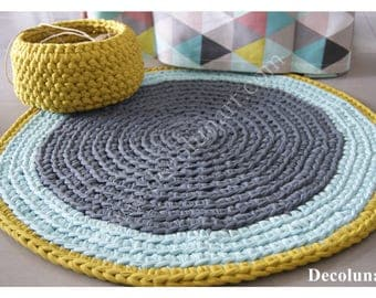 Trapilho mustard, grey and green crocheted rug